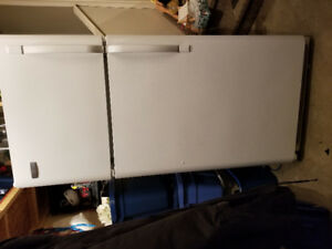Frigidaire fridge $175