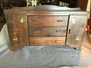 """Weekly Antiques """"On-Line Bidding"""" Auction"""