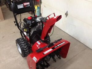 "27""/13.5 OHV. SNOWBLOWER 2 years old!"