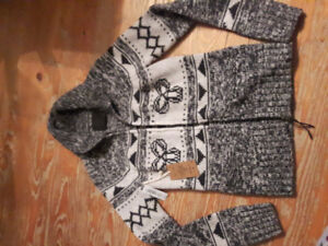 New with tags TNA sweater