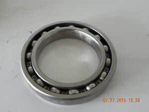 2 Bearings ( reduced to $20.) West Island Greater Montréal image 3