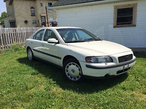 2001 Volvo S60 Sedan 2.4L Automatic 222 850km