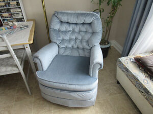 SWIVEL ROCKER TUB CHAIR