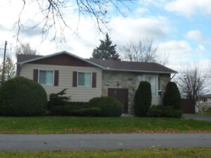 House for rent - Mercier (walk over to Chateauguay)