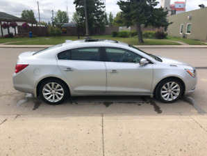 LOADED 2015 BUICK LACROSSE - EXCELLENT CONDITION!
