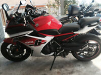 2014 Yamaha FZ6R Red and white edition