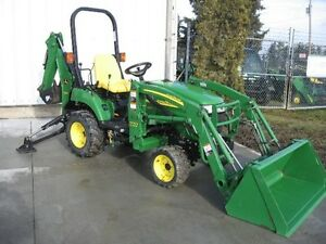 John Deere 2305 Tractor Loader  Backhoe