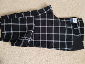 Maternity pixie pants sz 8 old navy