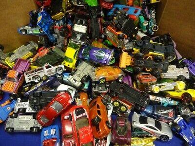 LOT Die Cast Cars- MATCHBOX, Hot Wheels Grab Bag Lot 40+ UNSEARCHED