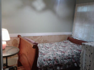 Cosy Furnished Room 140/80 St. $480/mo 15 min bus to Surrey Cent