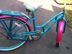 Schwinn del mar cruiser bike