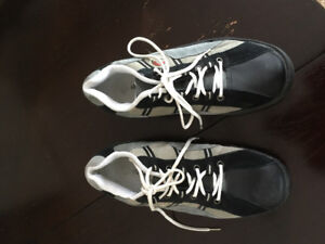 Asham curling shoes size 11 with left foot slider