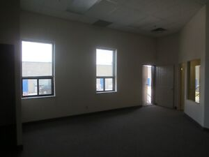1000 SQ FT FULLY FINISHED UNIT, OFFICE SPACE