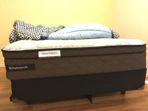 Sealy Posturepedic Crown Jewel Double Bed Mattress & Boxspring