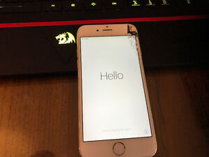 iPhone 6 128gb Gold (Bell) *Needs new screen, discounted