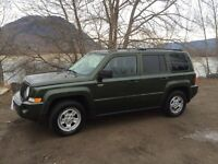 2008 JEEP PATRIOT- EXTREMELY CLEAN