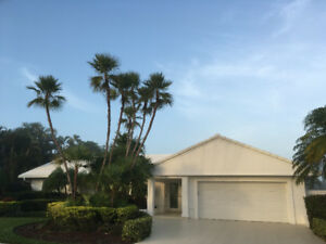 Boynton Beach – Spectacular Home With Heated Swimming Pool