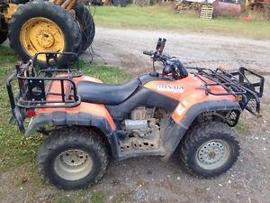 2000 Honda fourtrax with extras