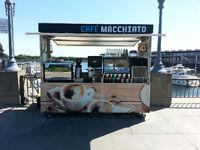 SUMMER JOB - Emploi d'été - Kiosque Café - Vieux Montreal