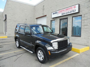 2010 Jeep Liberty Limited - (148,000kms) (Financing Available)