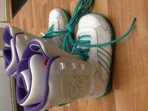 Womens K2 snowboard boots size 8