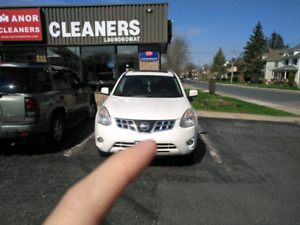 2012 nissan rogue sv awd 123000kms good condition