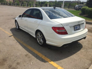 Mercedes Benz C300 4 matic 2014