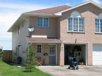 1 1/2 Floor Semi in Strathroy