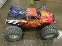 Team Associated MGT 4.6 for Sale or Trade