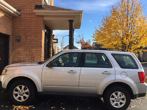 2009 Mazda Tribute 4 WD SUV, Crossover 4 Cylinder