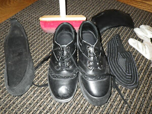 Curling shoes Size 91/2 , and Pants size XL 36 - 40 Black