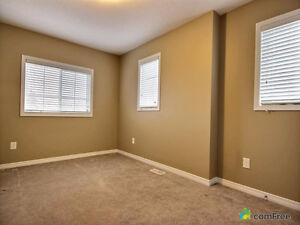Executive townhouse (end unit) in immaculate condition! Kitchener / Waterloo Kitchener Area image 6
