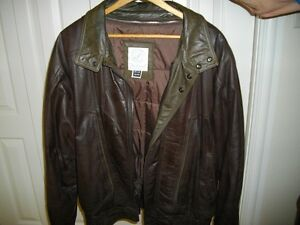 LEATHER JACKET C/W ZIP OUT LINING