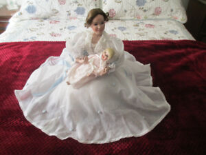 Ashton-Drake, A Mother's Tender Touch Doll with Baby & Setee