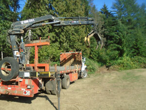 2002 Hiab 220 C-3 crane with grapple