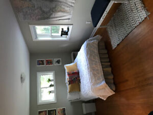 McMaster Sublet May - August