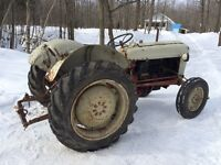 Tracteur Ford 1956