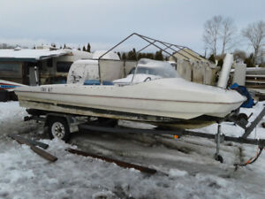 1965 OMC SWEET 16 TRIHULL WITH MERCURY 90HP OUTBOARD MOTOR
