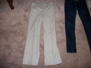 DALIA COLLECTION CASUAL PANTS, SIZE 2, PORCH PICK-UP. GET ANOTHE