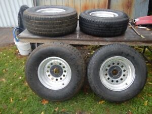 GM tires & mag rims mint / plus 7 RV tires