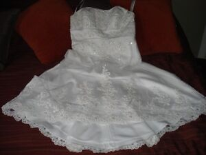 Size 12 White Strapless Wedding Dress *Alfred Angelo*