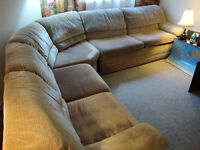 ABSOLUTELY FINAL REDUCED BARGAIN PRICE! Sectional (w/Double Bed)
