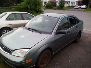 2006 FORD  FOCUS 180K/KM!!! AS IS OR FOR PARTS!!!