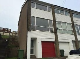 Fully refurbished 2 Bedroom town house for rent in the Graigwen area of Pontypridd