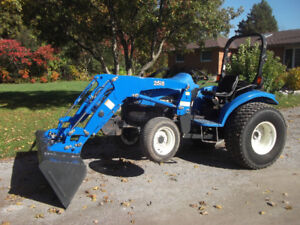 New Holland  TC 40 Tractor