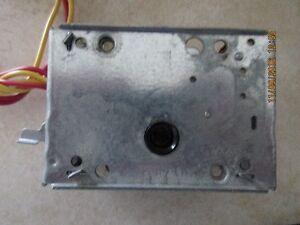 Honeywell motorized valve actuator #40003916-012 London Ontario image 6