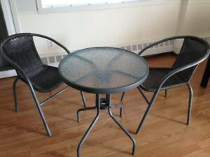 Halifax brand new patio table with chairs