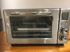 Oster toaster/ convection oven