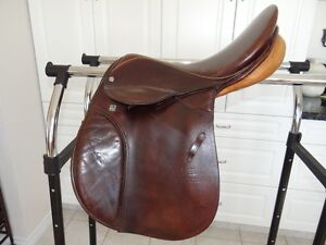 Saddle Stubben Roxanne all purpose, excellent condition Prince George British Columbia image 1