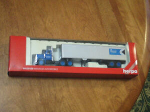HO scale CP Express & Transport 40' tractor trailer